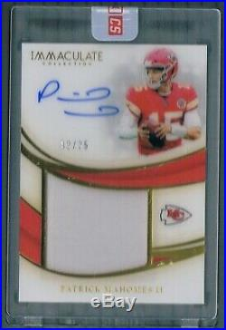 Patrick Mahomes ll Auto 2/25 2019 Immaculate Gold Uncirculated On Card Chiefs